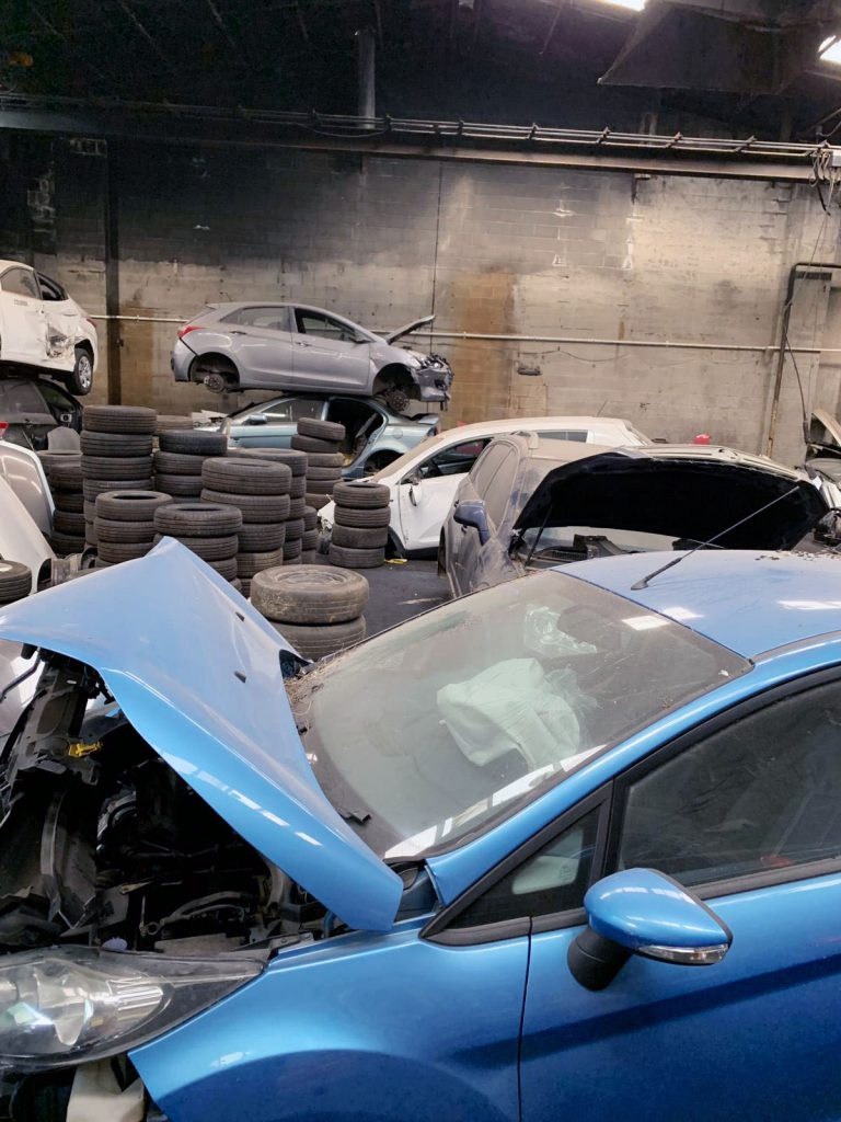Sell Your Junk Vehicle's Parts Fast to Car wreckers Melbourne